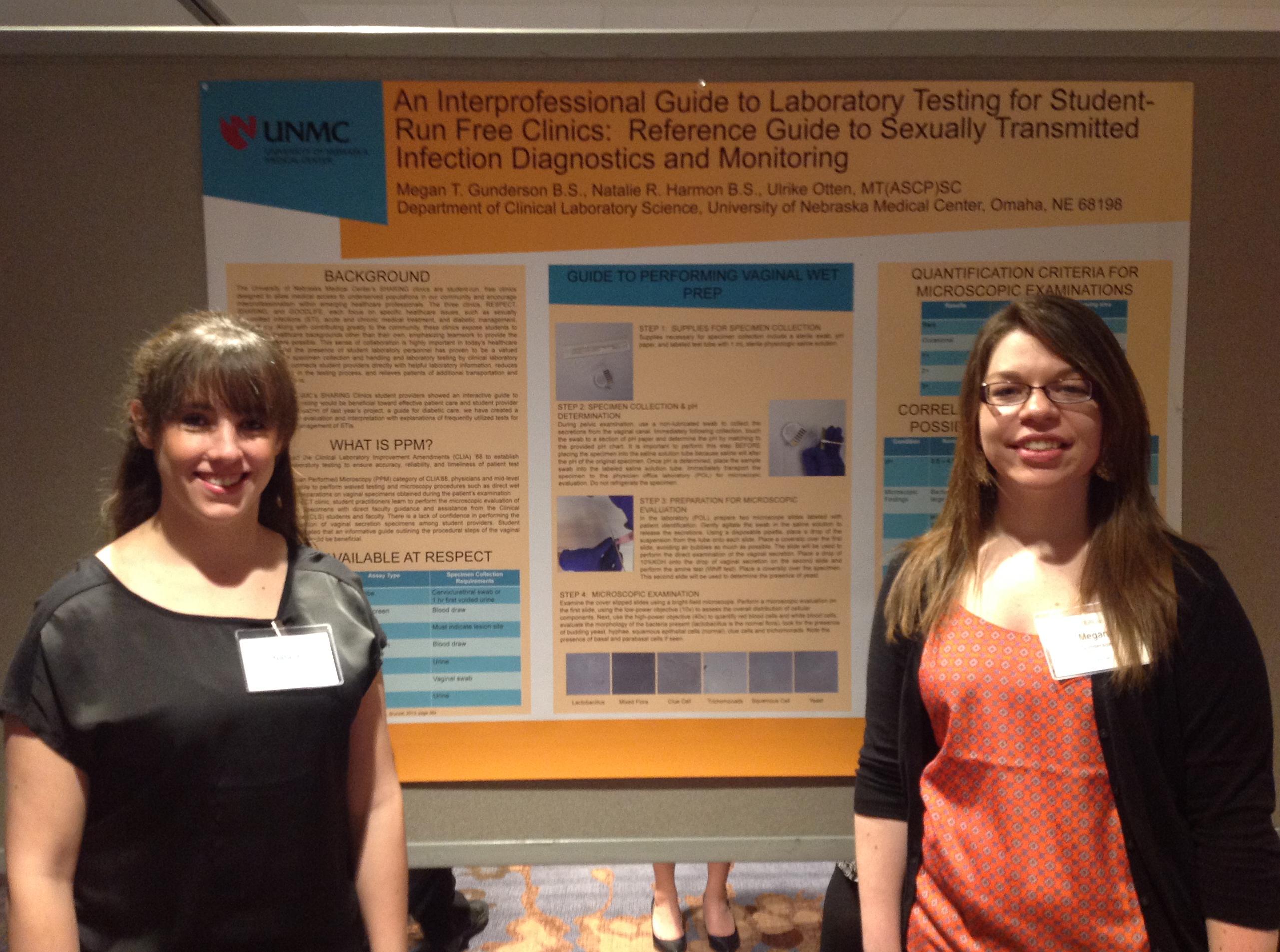 Megan Gunderson Natalie Harmon presenting their poster in Atlanta.