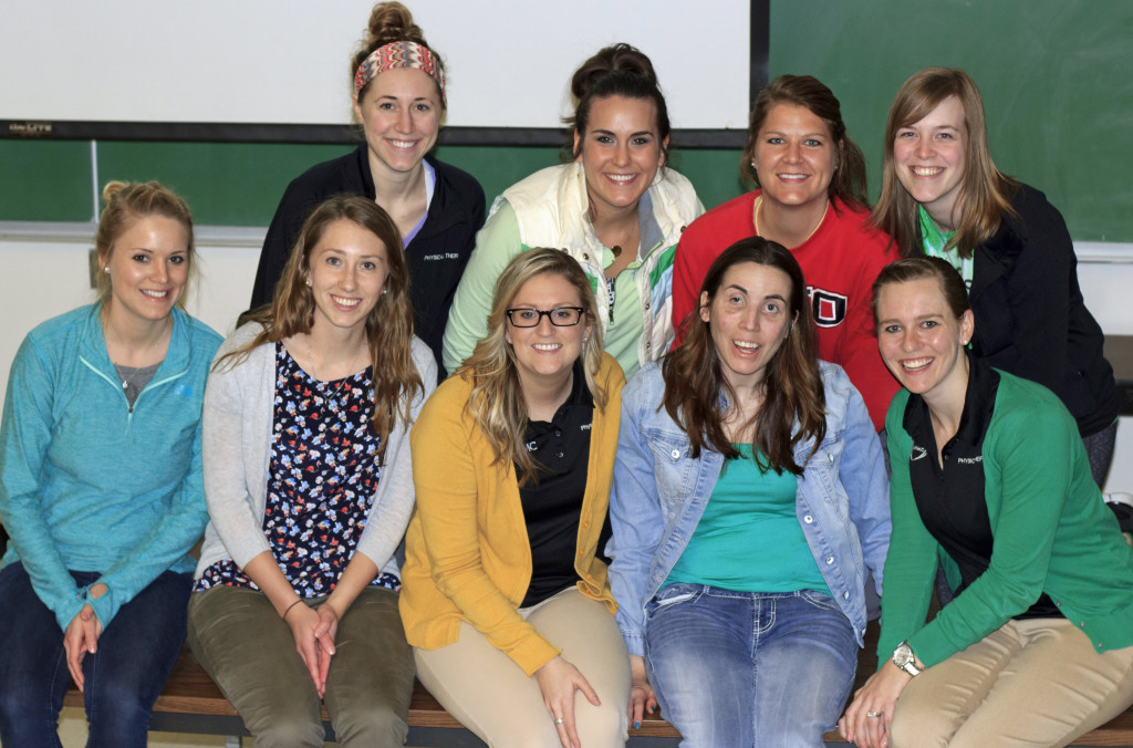 Cassi Collier and UNMC physical therapy students gather for a group photo.